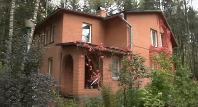 Где живет Наталья Селезнева и интерьер ее трехкомнатной квартиры