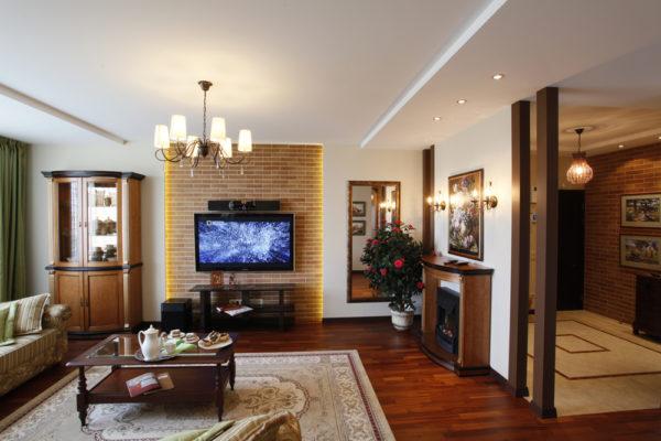 Дизайн гостиной 20 кв.м с камином