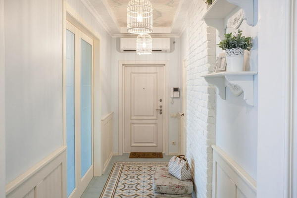 Дизайн узкой прихожей в квартире: фото реальные, идеи