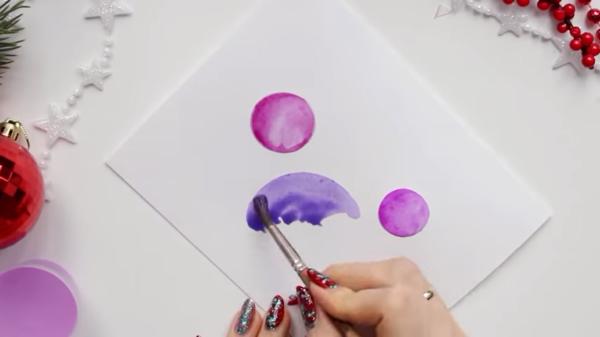 Использовать краски